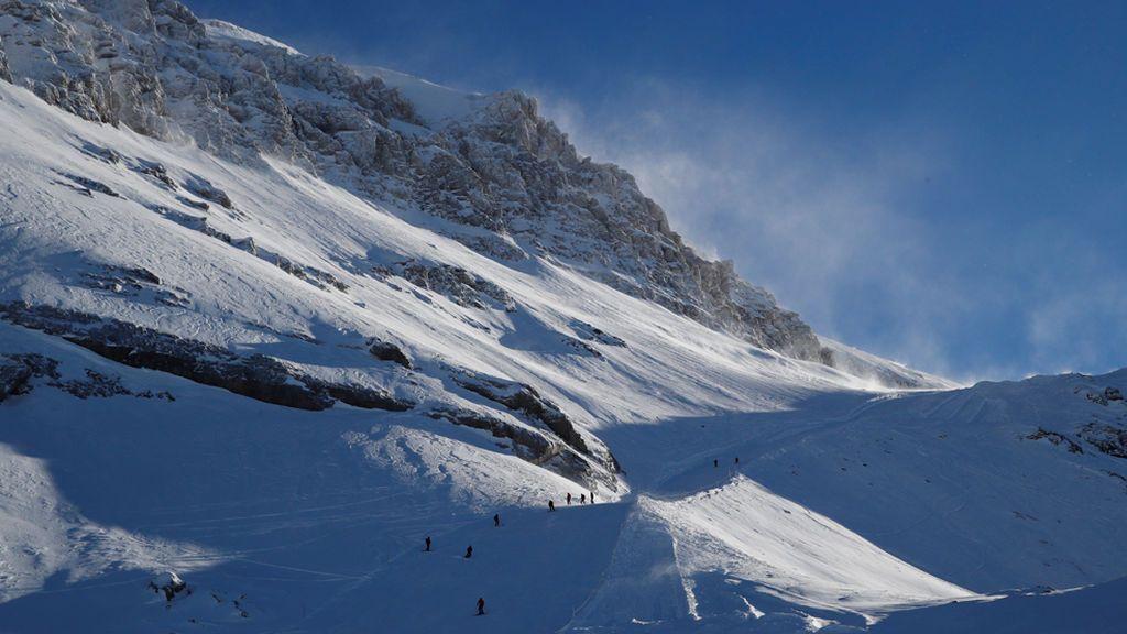 Tres montañeros muertos por aludes en los Alpes suizos