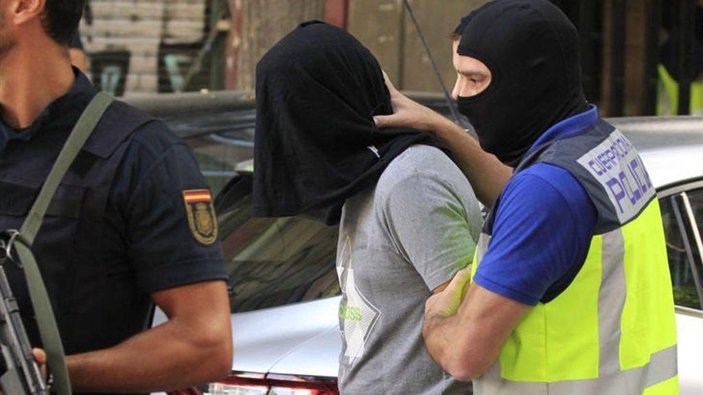 Tres presuntos yihadistas quedan en libertad por haber excedido el tiempo legal en prisión