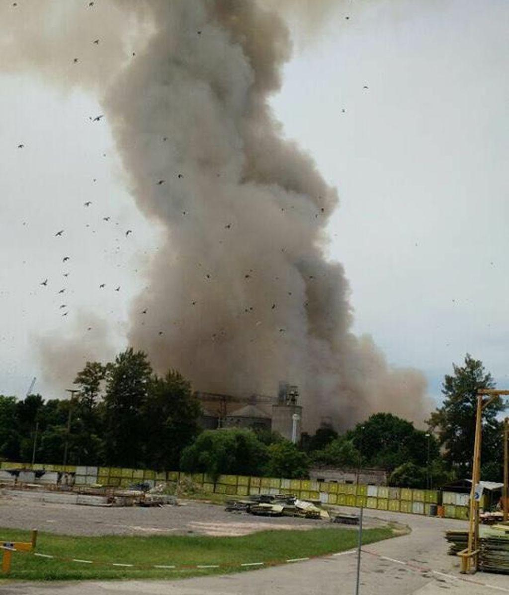 Un muerto y 17 heridos tras una explosión en una planta de cereales en Argentina