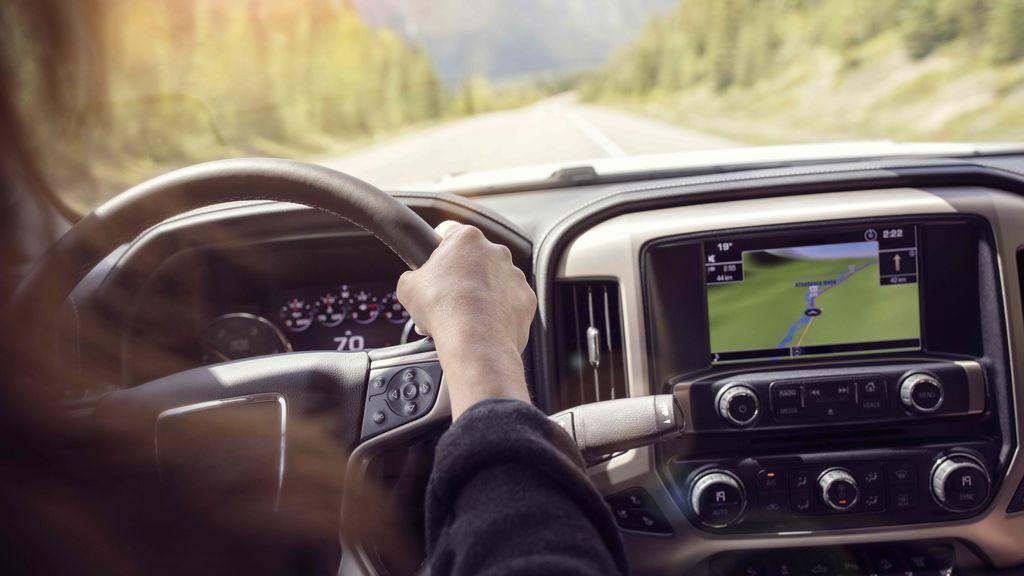 ¿Cuál es la postura más correcta al volante?