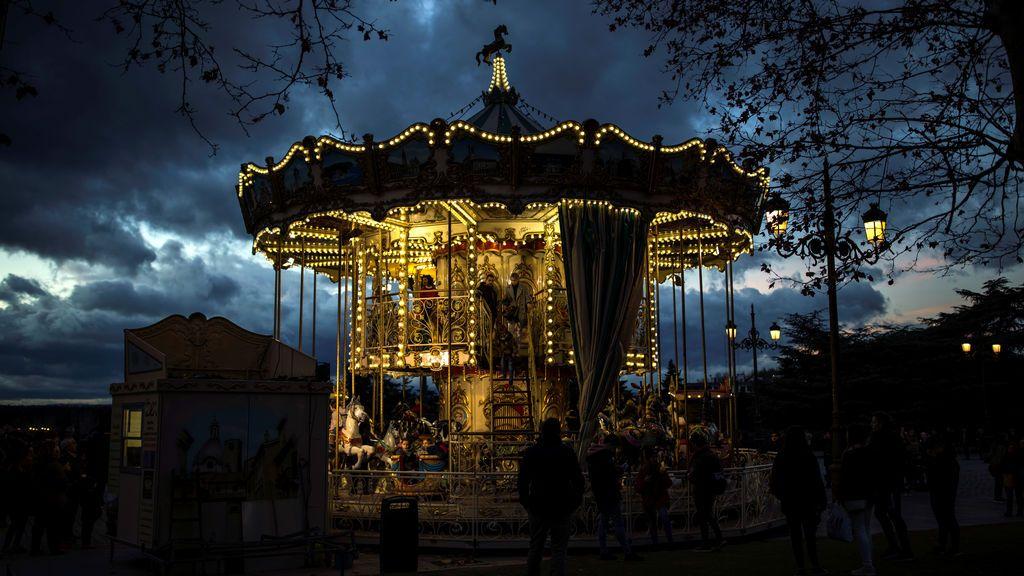 Carrusel en los jardines del Palacio Real de Madrid