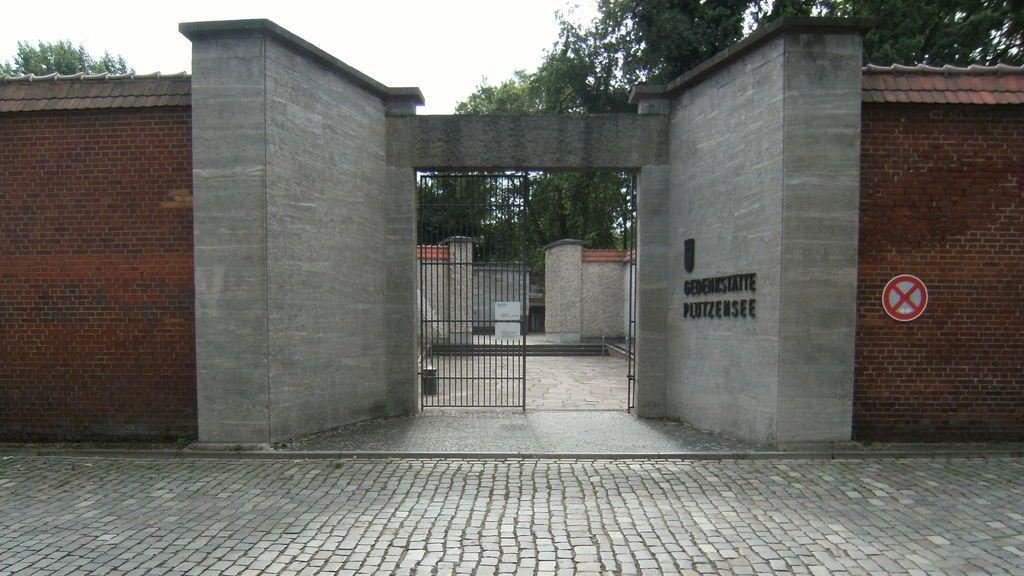 Cuatro presos se fugan de una cárcel de Berlín tras hacer un agujero en el muro