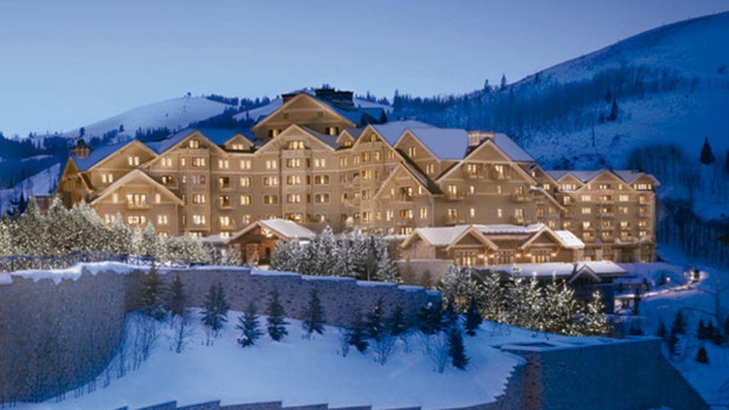 Hoteles en la nieve (que lo flipas) para que te olvides de todo