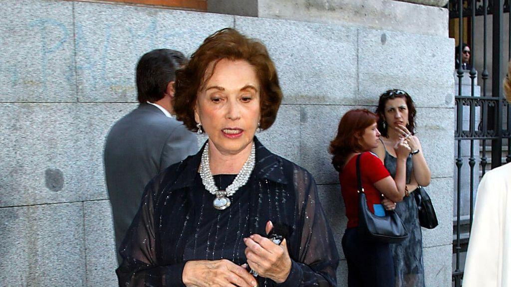 Un cáncer se lleva a Carmen Franco, la hija del dictador, a los 91 años (29 de diciembre)