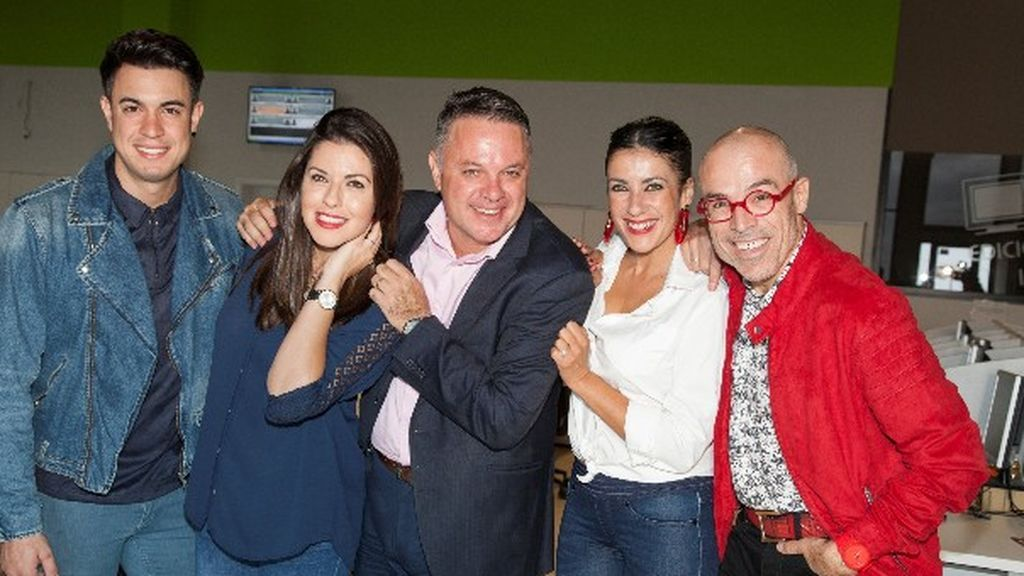 Eloísa González, Yanely Hernández, Elvis Sanfiel y Kiko Barroso presentan las campanadas en RTVC.