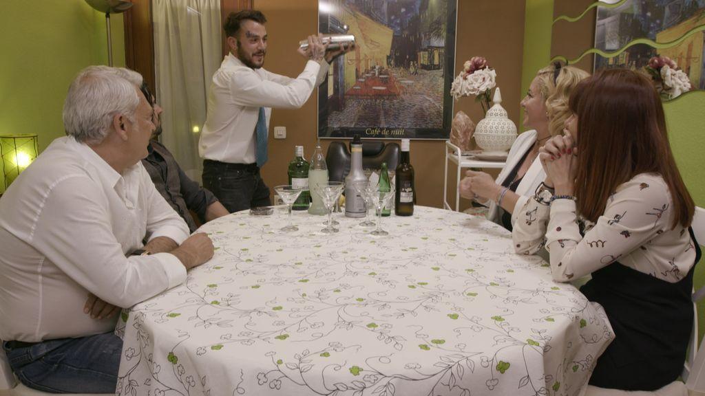 Pablo, Paco, Ana, Jessica y Antonio, los concursantes de 'Ven a cenar conmigo' en la primera semana de 2018.