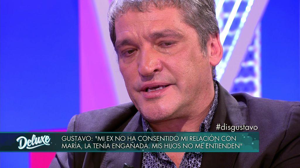 """Gustavo rompe a llorar al hablar de su familia: """"Presenté a mis hijos a María en mi propia casa"""""""