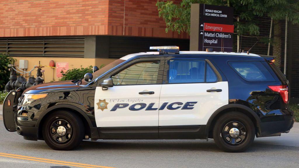 Al menos dos personas mueren en un tiroteo en Long Beach, California