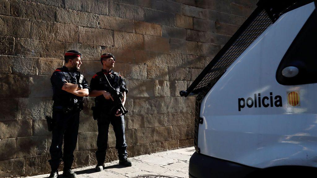 Dos muertos y un herido crítico en una colisión frontal en Torelló (Barcelona)