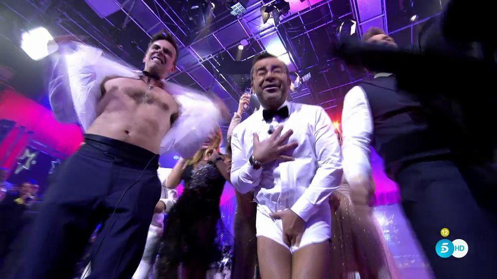El brindis más loco: ¡Jorge Javier y Alonso Caparrós se desnudan en plató!