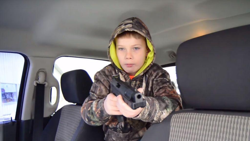 Con nueve años impide que roben el coche de su padre apuntando al ladrón con una pistola de aire comprimido