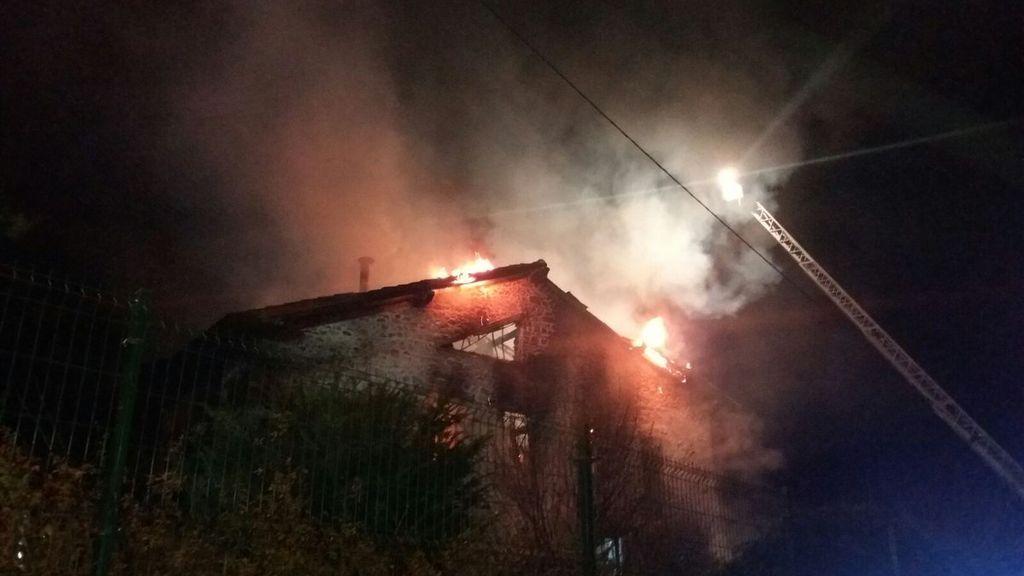 Fallece un hombre de 85 años en un incendio en su vivienda en Cantabria