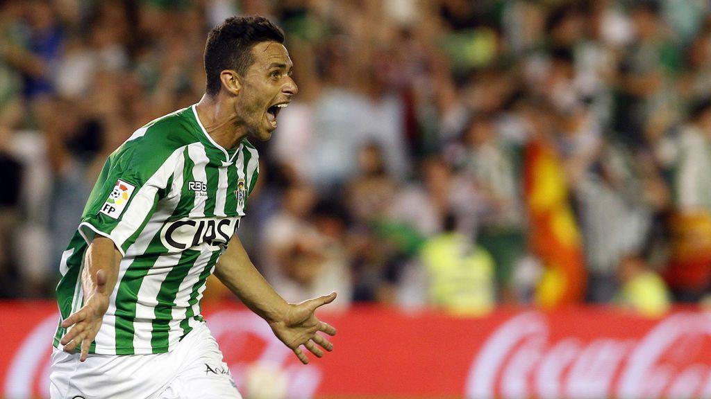 Rubén Castro vuelve al Betis tras su cesión en la Liga china