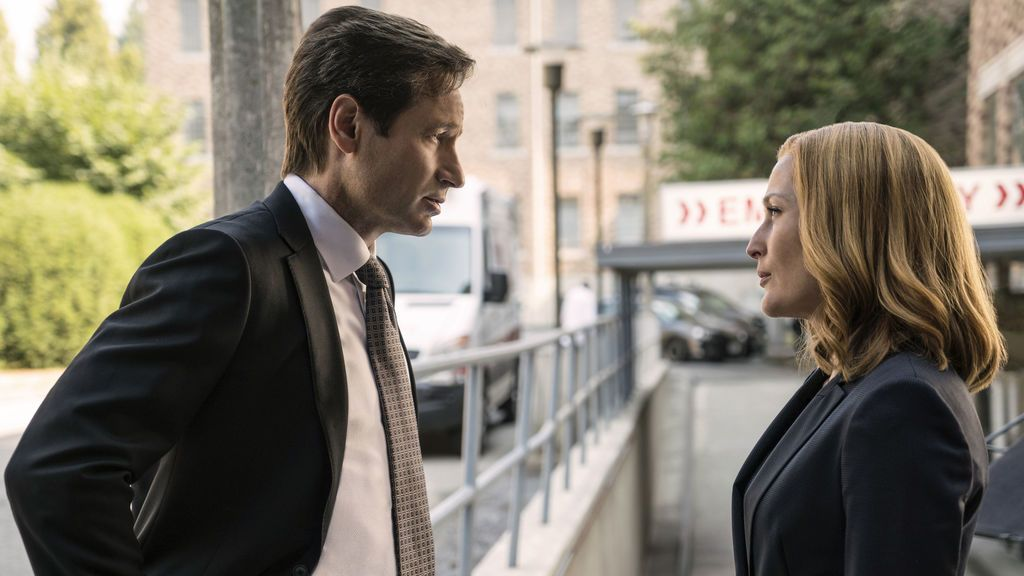 Los actores David Duchovny (Mulder) y Gillian Anderson (Scully), protagonistas de 'Expediente X'.