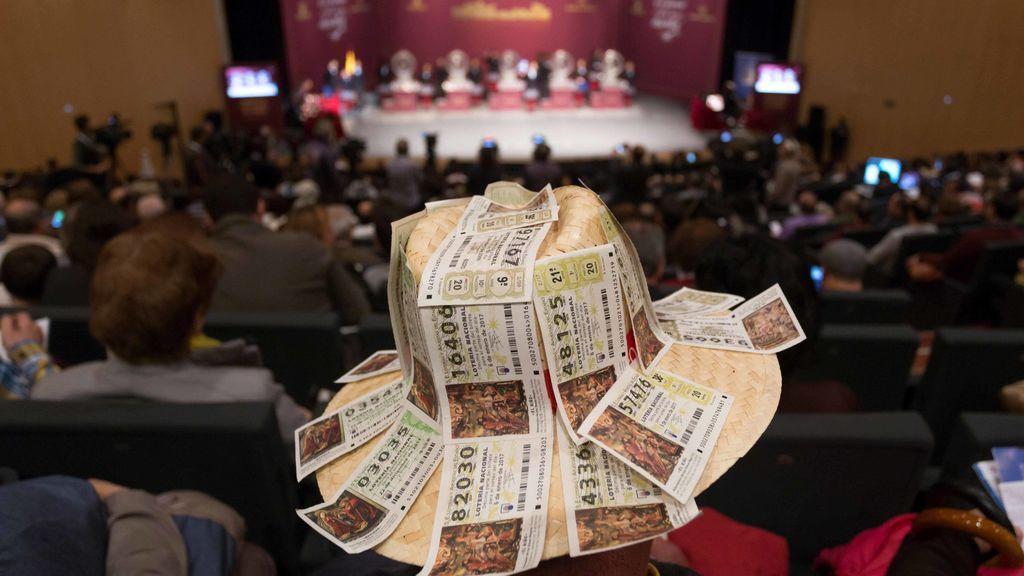 Una familia gana 750.000 € del segundo premio de 'El Niño' después de llevarse un quinto premio en el Sorteo de Navidad