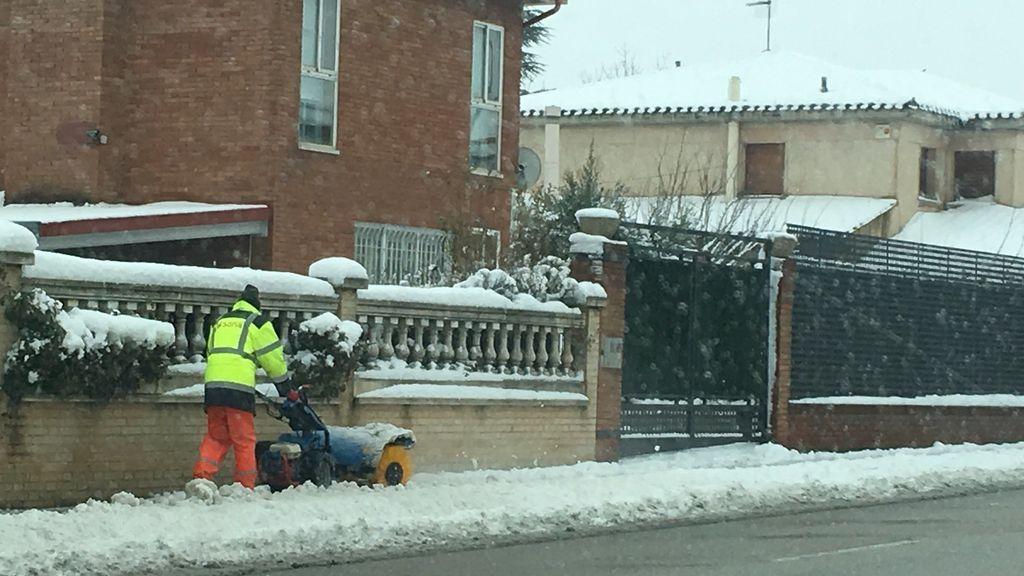 La nieve en Soria suspende el servicio de autobús urbano y la conexión con Madrid