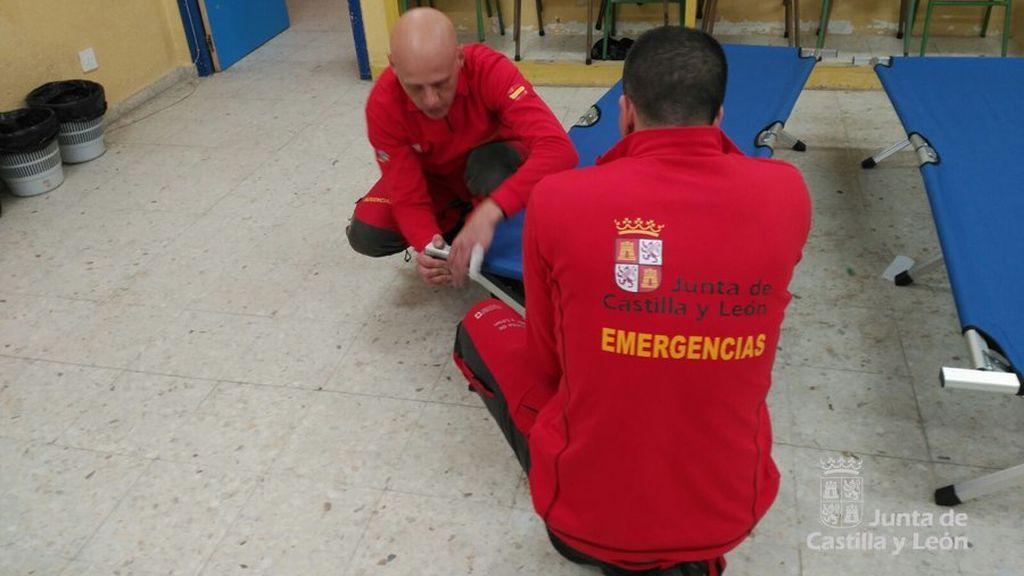 Unas 80 personas se refugian en el colegio de San Rafael (Segovia)