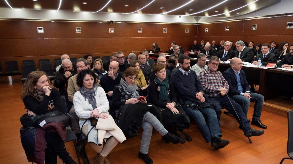 Parte de los acusados del mayor caso de corrupción de la historia del País Vasco