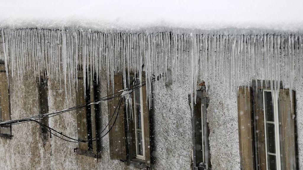 Fallece al caer desde un cuarto piso en Ávila cuando retiraba carámbanos de hielo de su domicilio