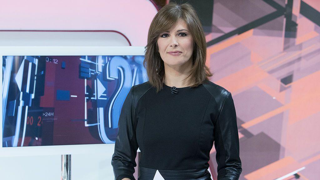 Lara Siscar, presentadora de 'Asuntos públicos' en el Canal 24 Horas.
