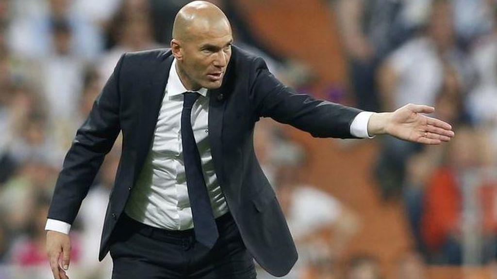 """Julio Pulido y la necesidad de que alguien dé un paso al frente ante la crisis del Madrid:  """"Aún no se ha notado la mano de Zidane"""""""