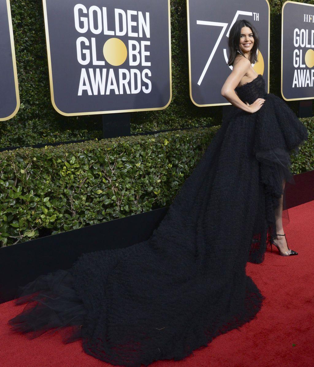 La alfombra roja de los Globos de Oro se viste de negro contra los abusos sexuales