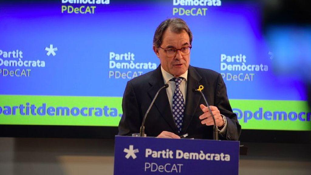 Mas dimite como presidente del PDeCAT dos años después de dar paso a Puigdemont