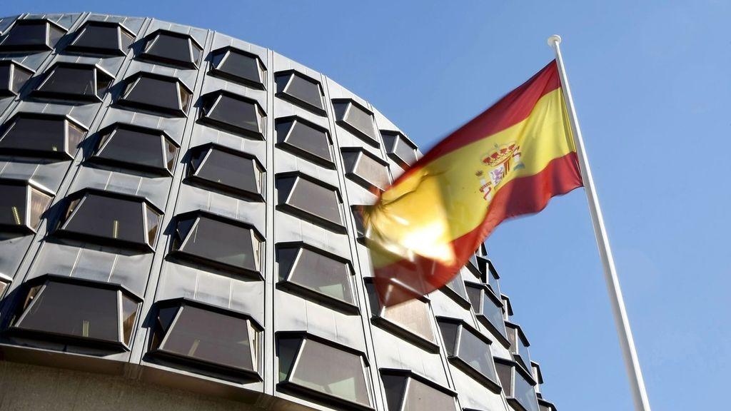 El Constitucional admite estudiar el recurso de Podemos contra el artículo 155