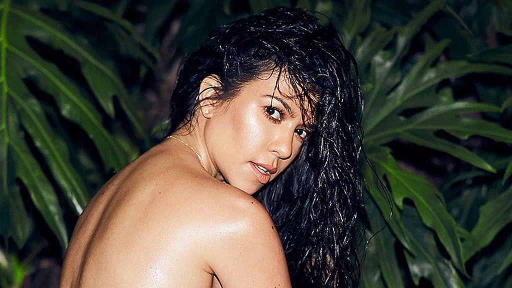 Kourtney Kardashian se marca un Kim con su último posado desnudo