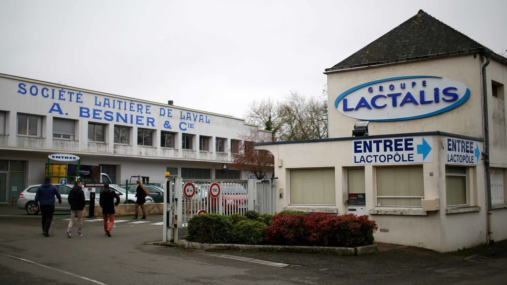 Un bebé español, con salmonela tras consumir leche infantil contaminada del grupo francés Lactalis