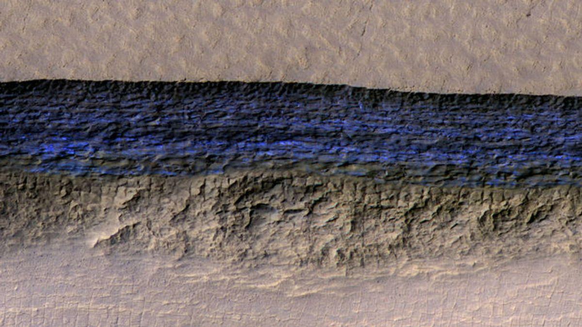 Las enormes capas de hielo en Marte  podrían permitir la vida humana