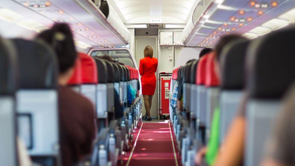 """Una azafata anónima aconseja """"no beber el café de los aviones"""""""