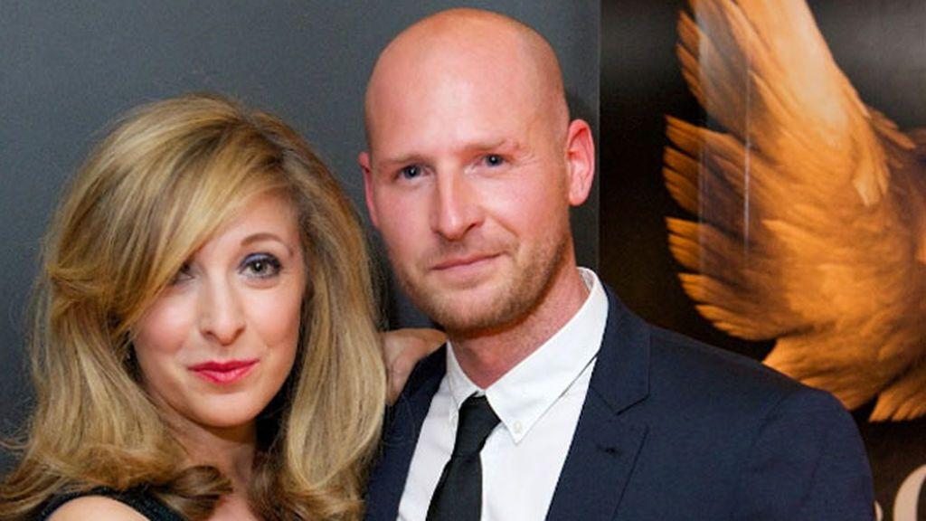 La actriz británica Tracy-Ann Oberman y su marido, Rob Cowan