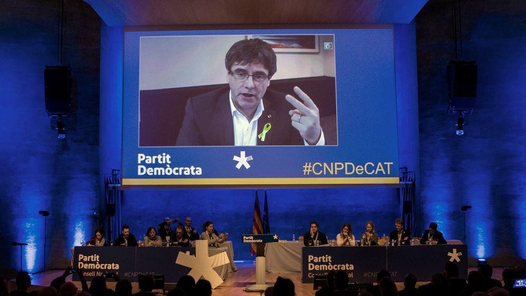 """Puigdemont reclama no """"subvertir"""" el mandato de las urnas con debates reglamentarios"""