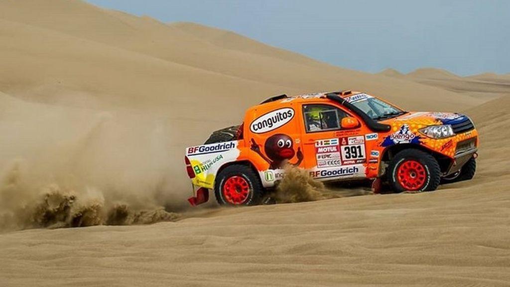 Jesús Calleja dice adiós al Dakar tras problemas y averías en el coche