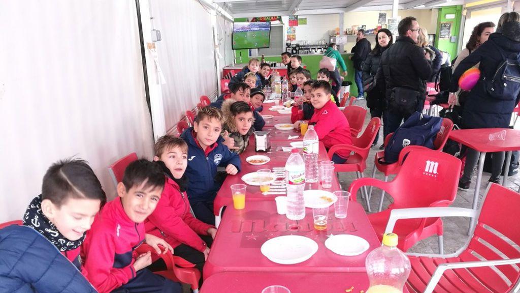 La iniciativa del CD Malilla contra la violencia: invitan a niños y padres rivales a almorzar tras el partido