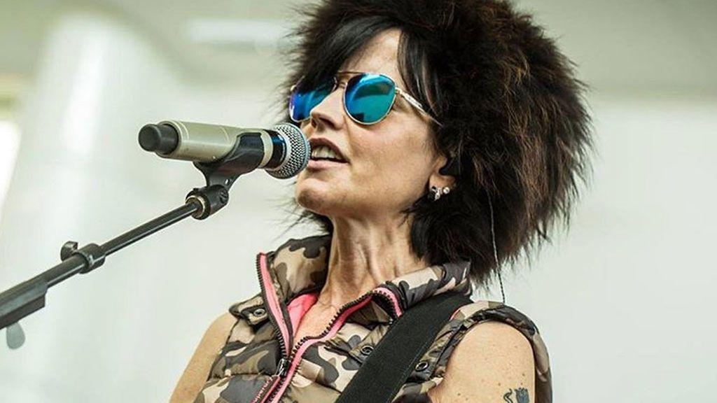 Exmarido, hijos... El entorno de Dolores O'Riordan, vocalista de The Crunberries