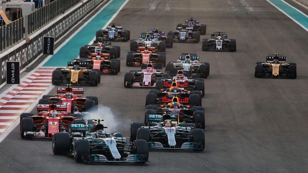 Salida del GP de Abu Dhabi 2017 de Fórmula 1.