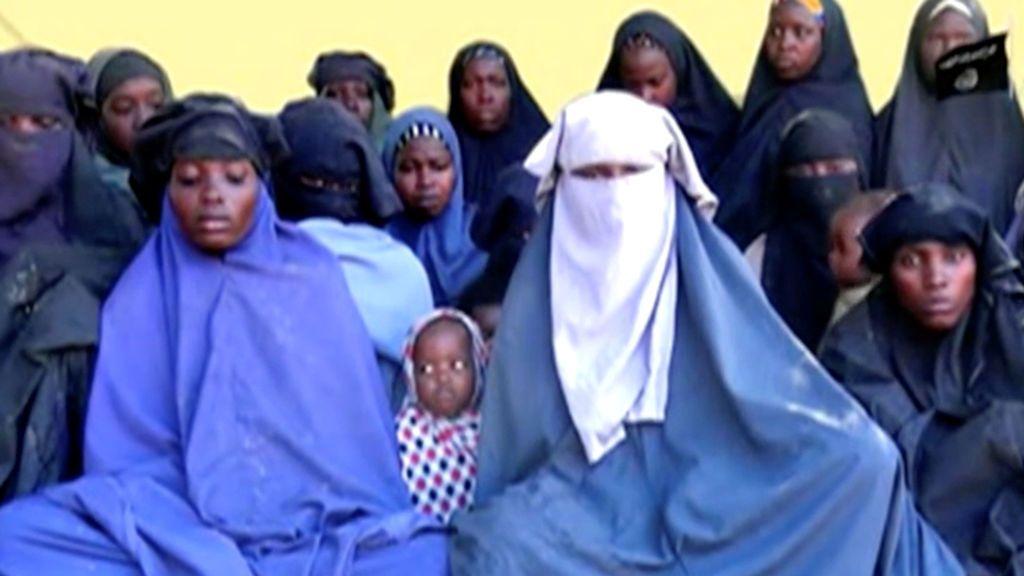 Boko Haram difunde un nuevo vídeo en el que niñas de Chibok rechazan volver con sus familias