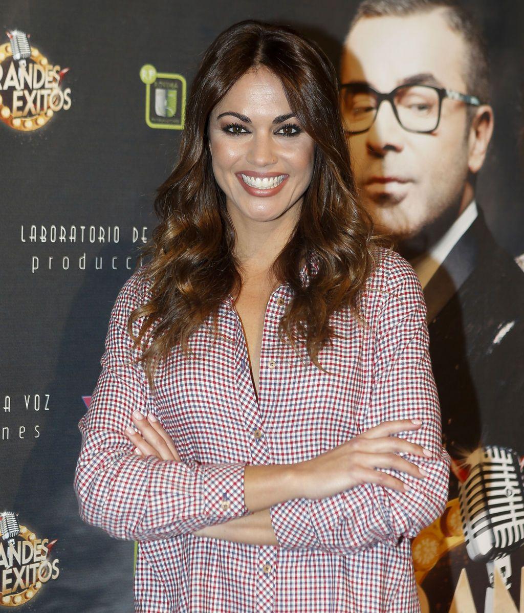 La presentadora Lara Álvarez estuvo en el estreno de la obra