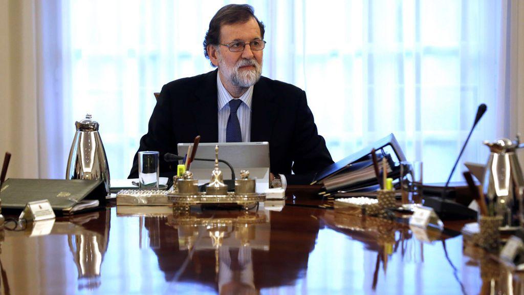 El Gobierno recurrirá al Constitucional si Puigdemont y los huidos delegan su voto