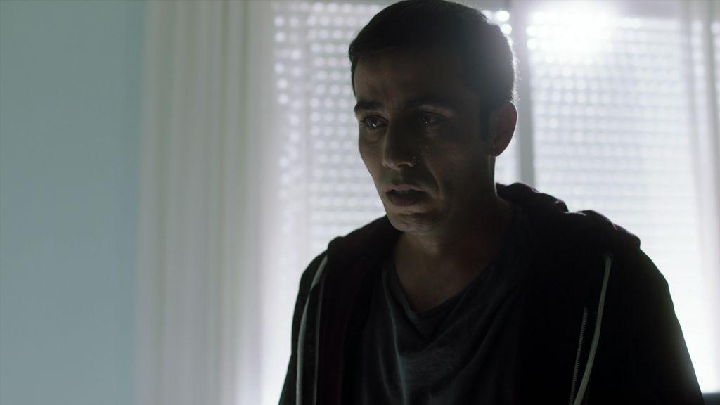 Lucas se cuela en el hospital y se venga de Nico