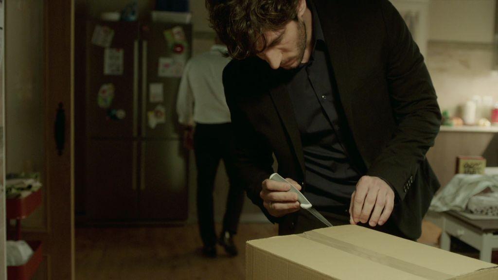 La misteriosa caja que deja a José Espada a merced de Joao