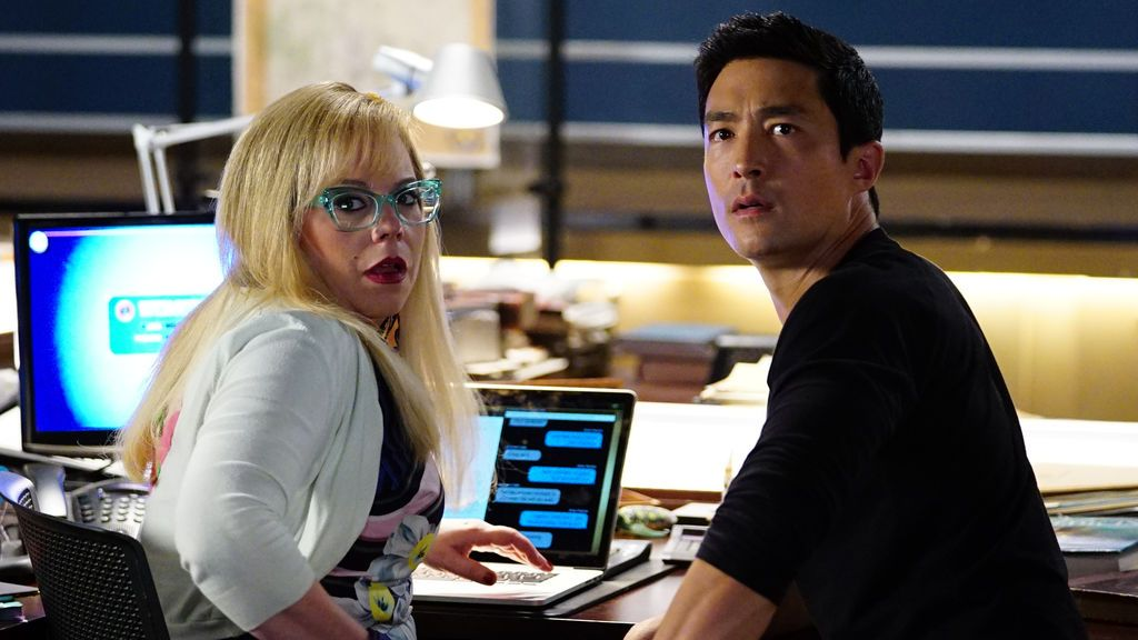 García (Kirsten Vangsness) y Matt Simmons (Daniel Henney), en el primer capítulo de la 13ª temporada de 'Mentes criminales'.