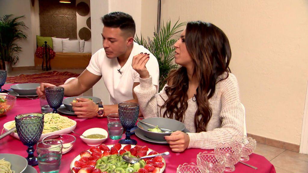 Melani se enfrenta a sus compañeros por culpa de Eleazar