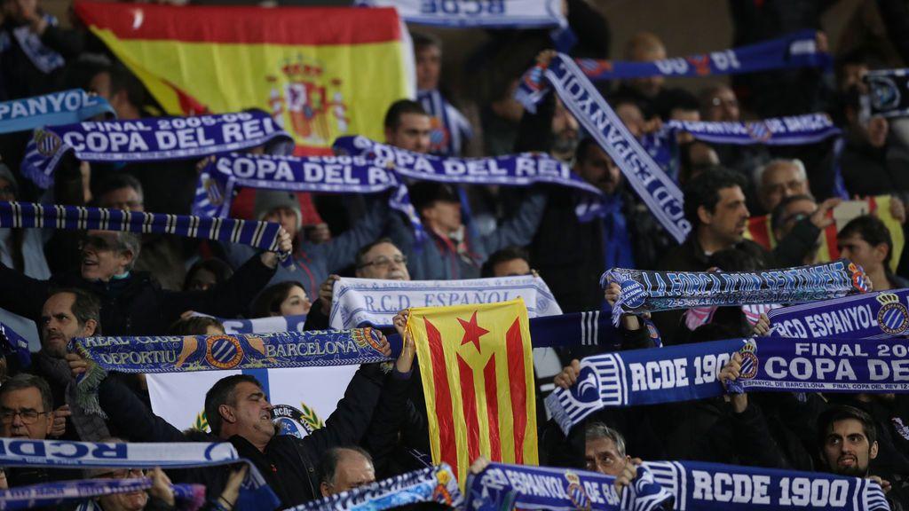 Valverde se une a los aplausos de Cornellá en el minuto homenaje a Dani Jarque