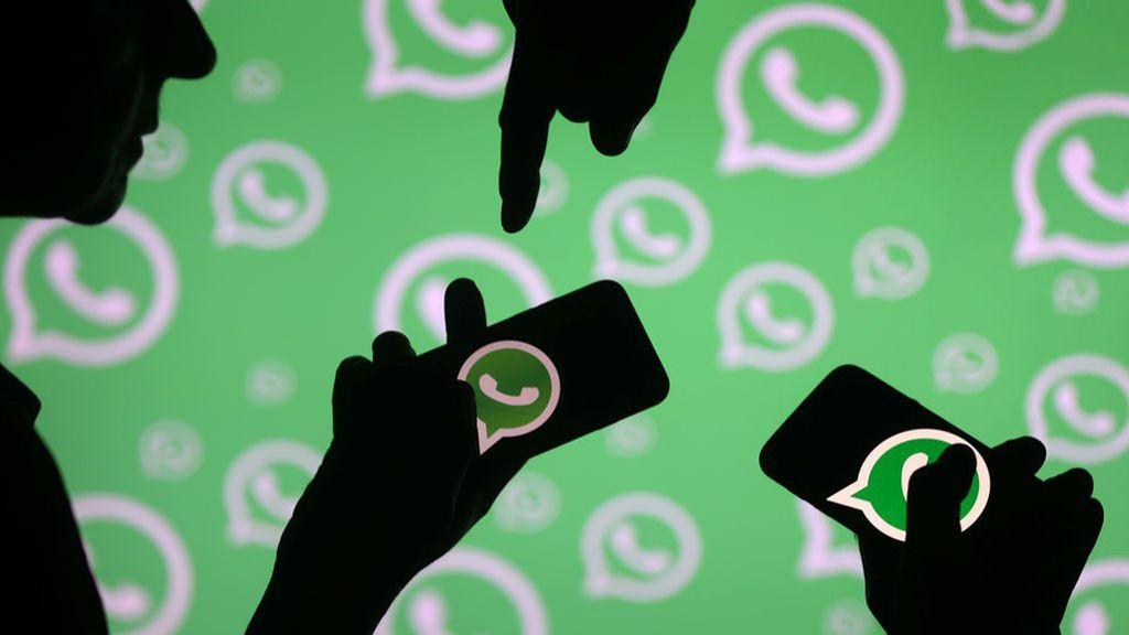 """Una joven de Albacete denuncia amenazas de violación en un grupo de WhatsApp donde hablaban de """"marcarse una manada"""""""