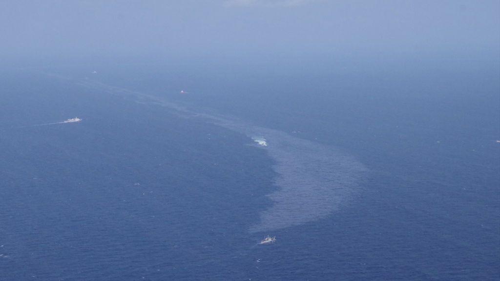 El crudo derramado por el petrolero iraní en China llegaría a la costa de Japón en un mes