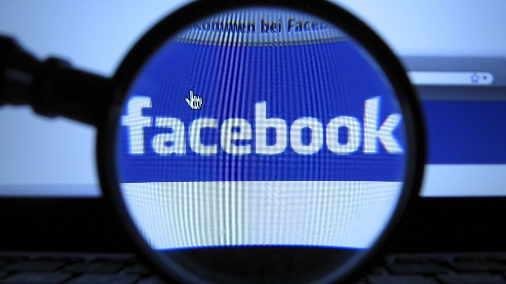 Facebook prueba una función que permite que los miembros de un grupo puedan ver vídeos de forma simultánea