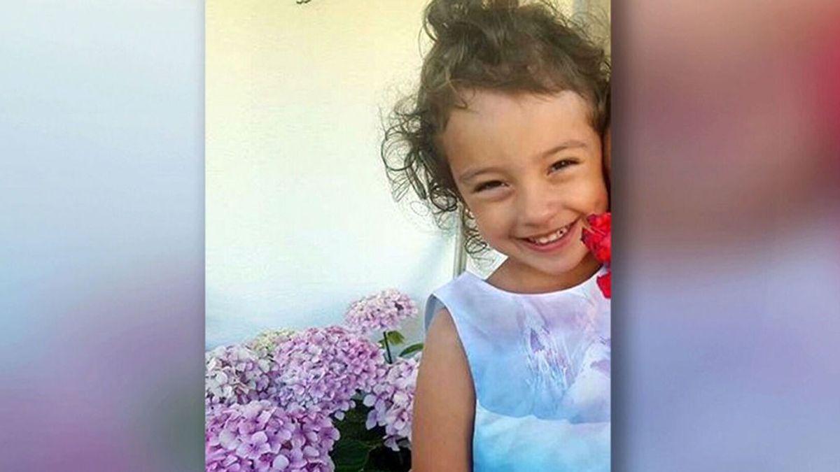 Una niña de cinco años, superviviente de un cáncer, muere atropellada a las puertas de su colegio